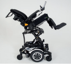 Seat lifter on the tdx electric wheelchair