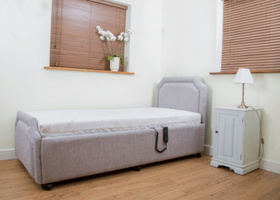 Royale Electric Profiling Bed