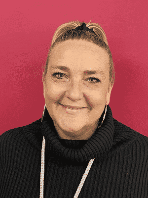 Nicky-Berry-Retail-Manager-Chelmsford-300x400